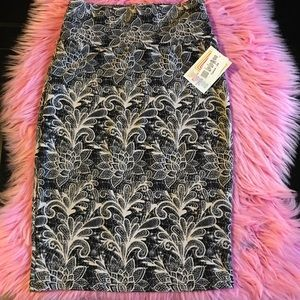 LULAROE Cassie Pattern Pencil Skirt **NEW size xs
